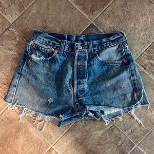 Levi's Distressed Denim Shorts Sz S